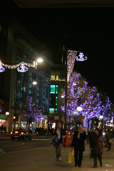 christmas-on-oxford-street_2178651829_o.jpg