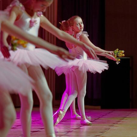 Ecole Imperiale de Ballet russe - regards de danse