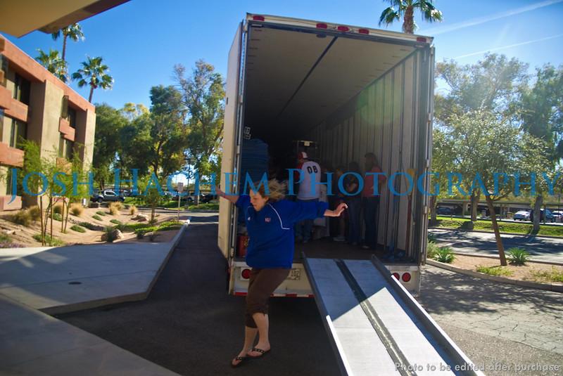 12.29.2008 Unloading the Truck (12).jpg