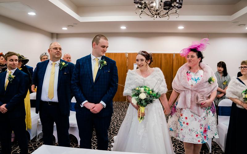 Jake & Jade-Wedding-By-Oliver-Kershaw-Photography-150445-3.jpg
