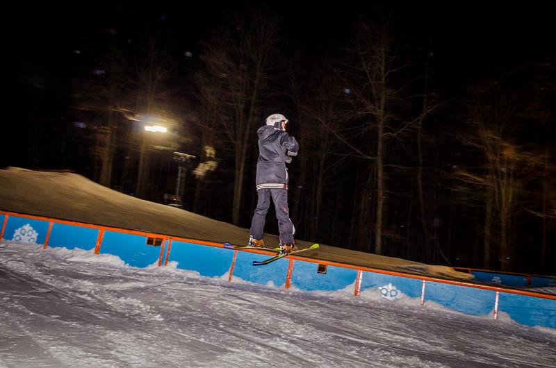 Nighttime-Rail-Jam_Snow-Trails-121.jpg