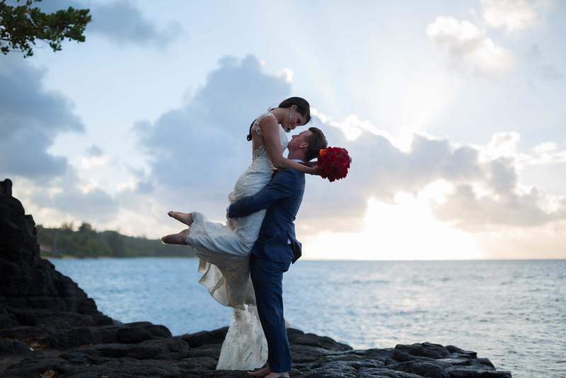 Anini-beach-wedding-photos-34.jpg