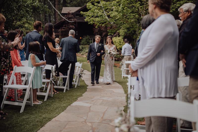 2018-05-12_ROEDER_JulieSeth_Wedding_ROEDER1_0107.jpg
