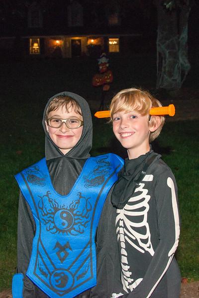 Halloween on Runnemede-16.jpg