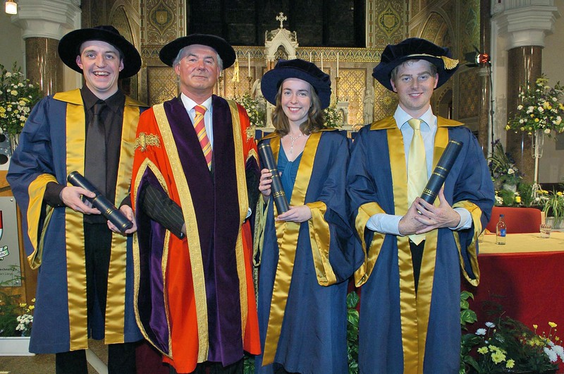 Provision 251006 Dr. Kevin Flavin (Waterford), Dr. Emma Harte (Waterford) and Dr. Wayne Cummins (Wexford) are pictured with Professor Kieran Byrne, Director of WIT (in red) on the conferring of their Doctorates at WIT on Wednesday. PIC Bernie Keating/Provision