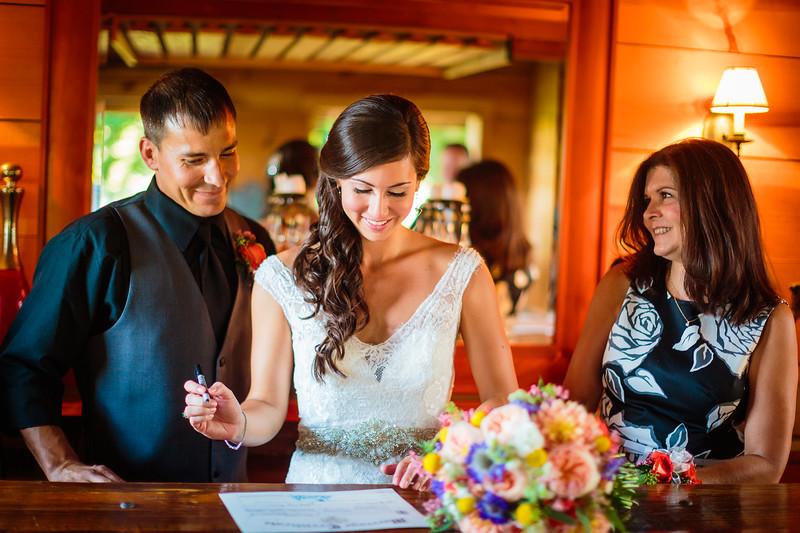 Bend Oregon Wedding Photographer (75).jpg