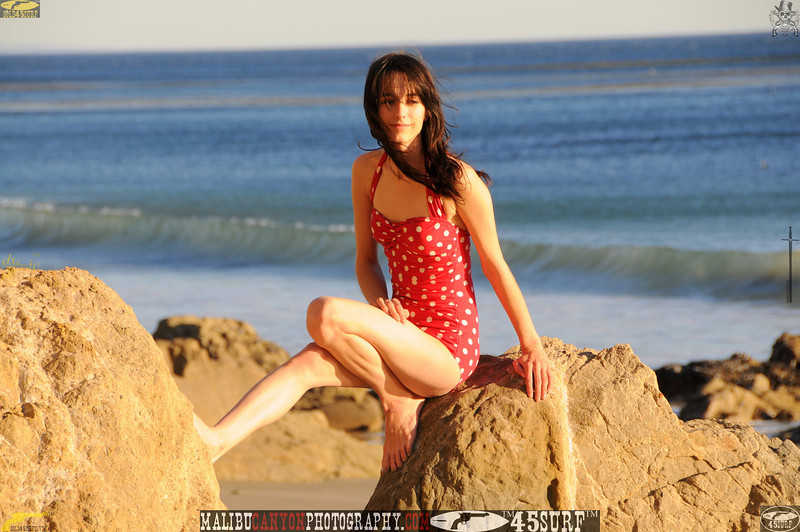 matador swimsuit malibu model 737..00..00....jpg