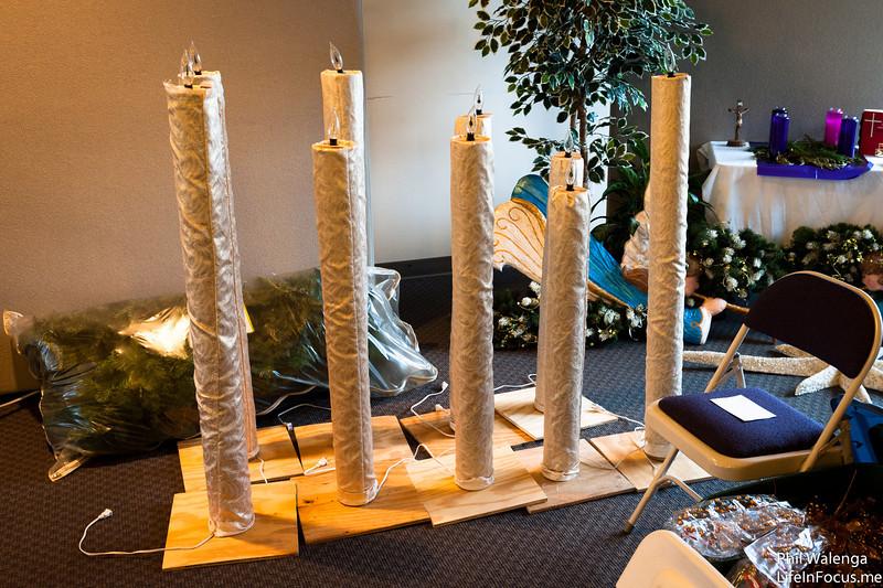 20121217 KofC Christmas Tree Setup-6258.jpg