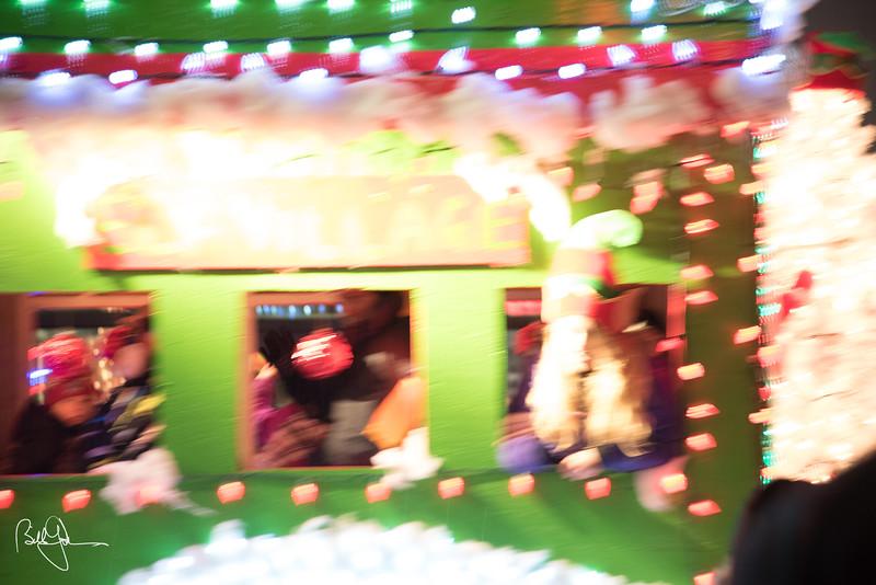 ChristmasParade17-327.jpg