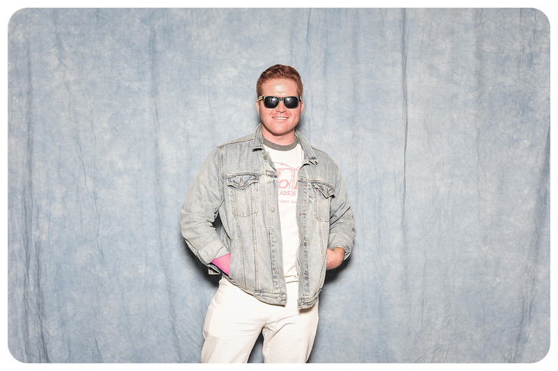 Sherrys-80s-Birthday-Photobooth-87.jpg