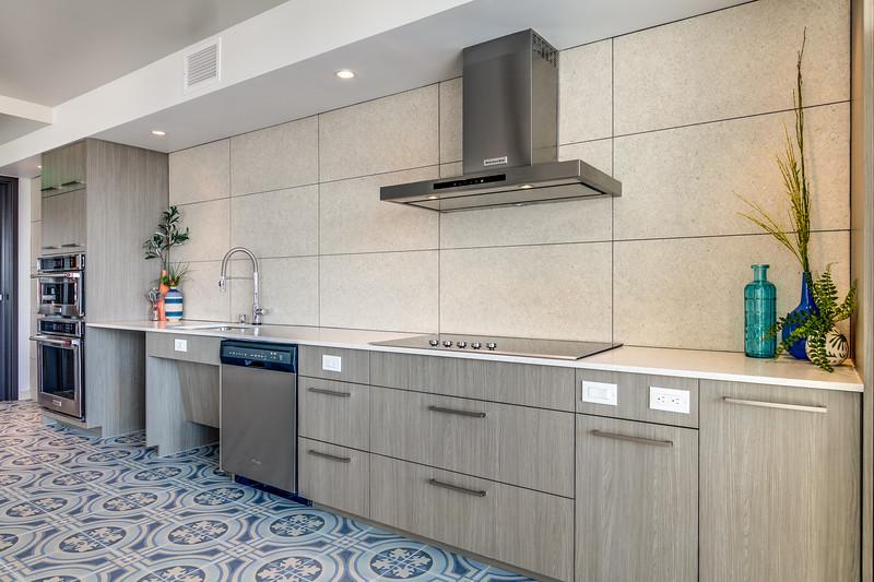 Kitchen_Upper IMG_9303enfB.jpg