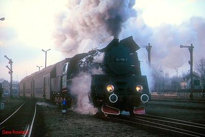 POLAND/GERMANY/HOLLAND: 28 Feb-07 March 1994