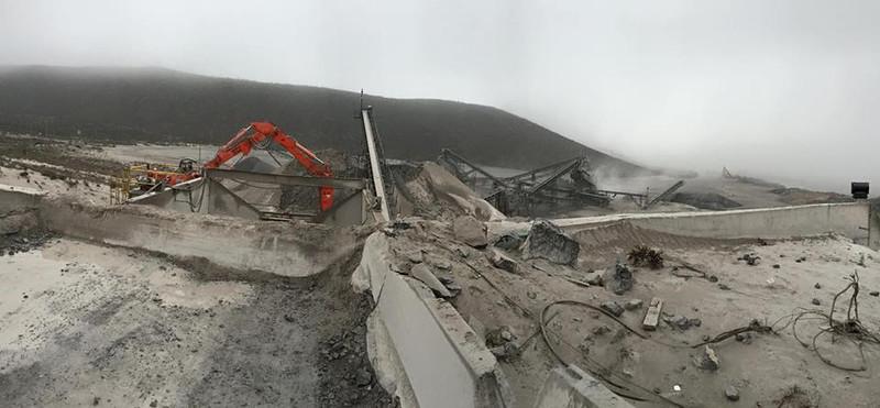 NPK B600 pedestal boom system at Contrissa Mine in Mexico.jpg