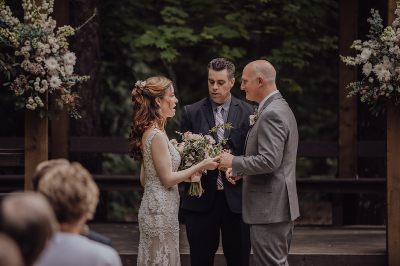 2018-05-12_ROEDER_JulieSeth_Wedding_ROEDER2_0044.jpg