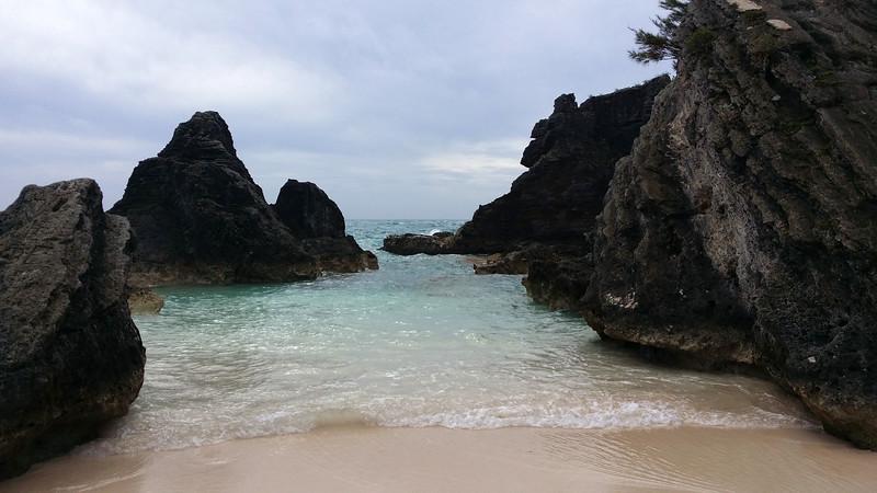 Bermuda-Horseshoe-Bay-Beach-01.jpg