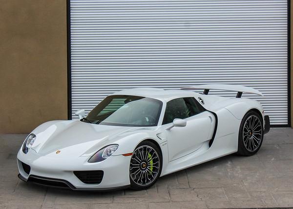'15 918 Spyder - White