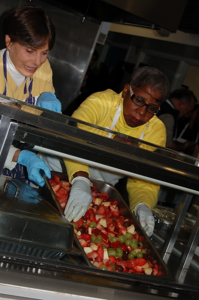 abrahamic-alliance-international-common-word-community-service-cityteam-2011-11-20_05-04-08-loureen-murphy.jpg