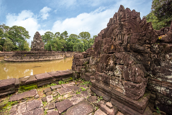 Neak Poan and Baray of Preah Khan