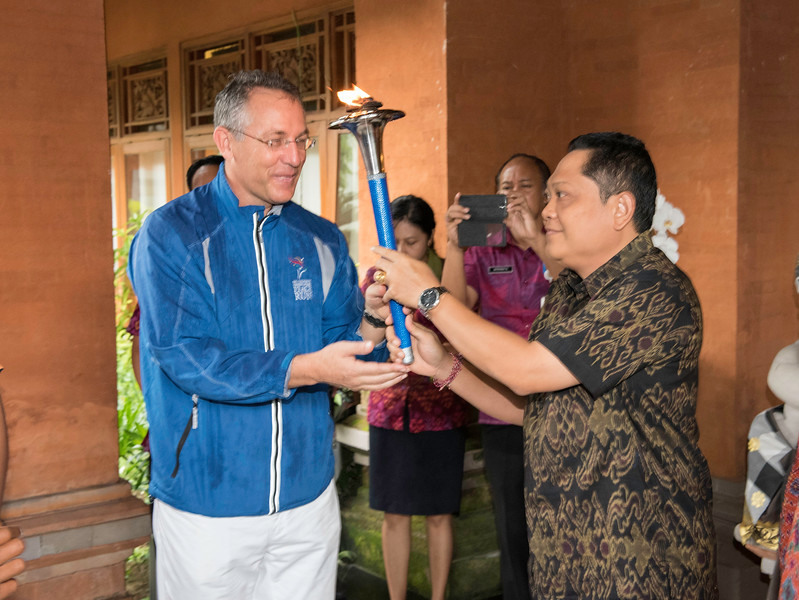 20170202_Peace Run Denpasar w_Mayor_015.jpg
