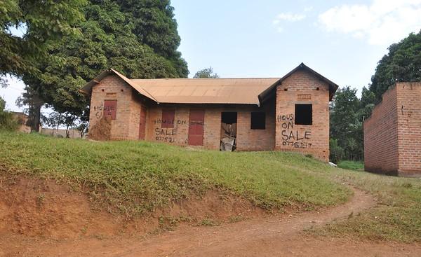 2016/12 - Uganda:  Hoima