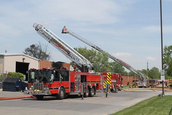 Park Forest Fire Department 3rd Alarm Fire & A Haz-Mat Box Alarm 20 Suth Street Park Forest IL