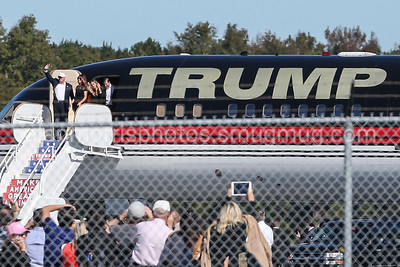 2016 Trump event at Wilmington Airport (NOT FOR SALE)