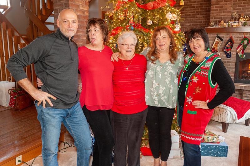 20191219 Sakowski Christmas Party-8225.jpg