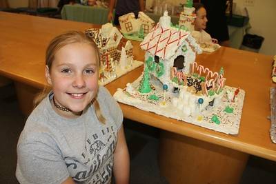Westridge 6th-Graders Create Candy Houses