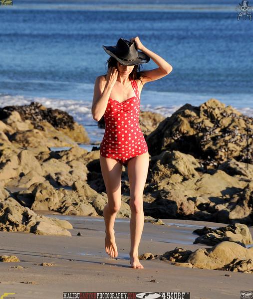 matador swimsuit malibu model 1213..00...jpg