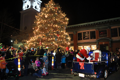 Plymouth Downtown Christmas Tree Lighting 12/2/16
