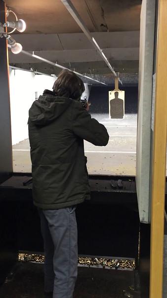 Aaron - Supressed MP5 - Navy trigger - 9mm