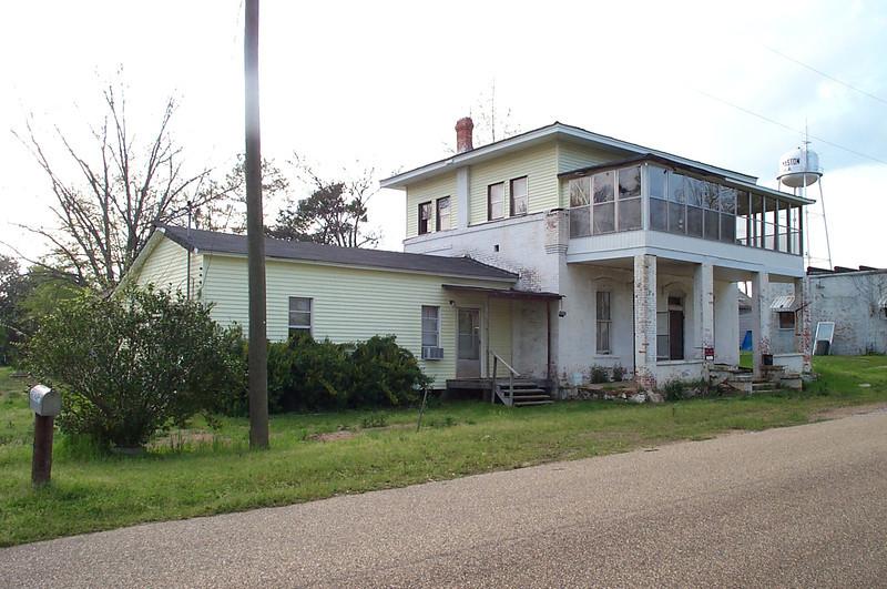Old Carlton Home, Thomaston, located on Main Street.