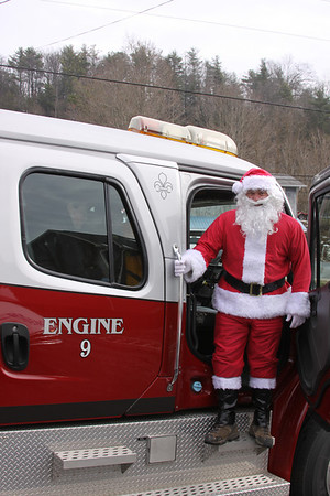 Unicoi Fire has Charity Santa
