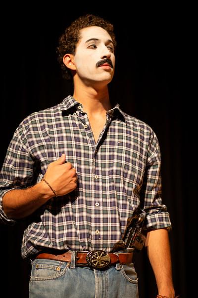 Allan Bravos - essenCIA Teatro - Persona 07-428.jpg