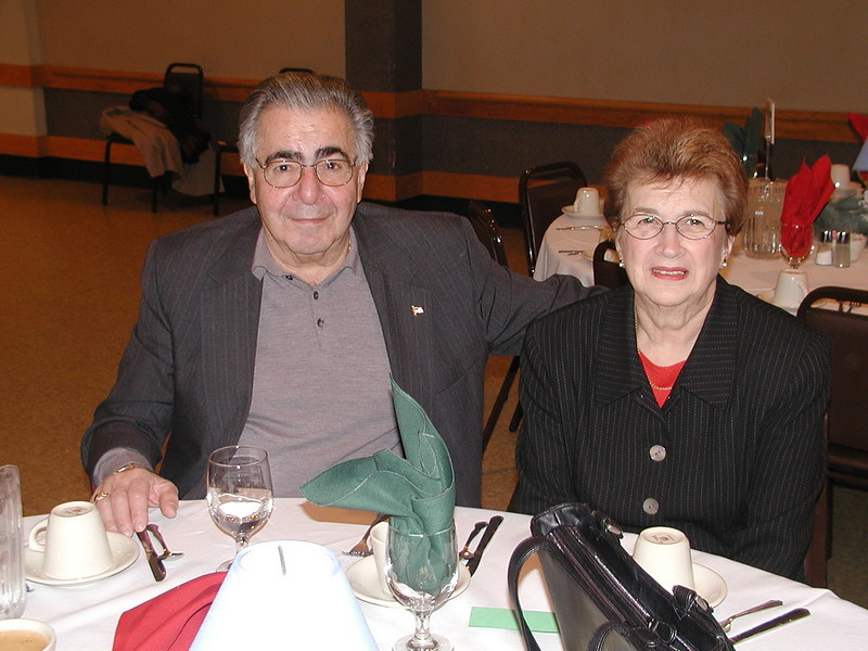 2002-12-12-Philoptochos-Senior-Citizens-Luncheon_016.jpg