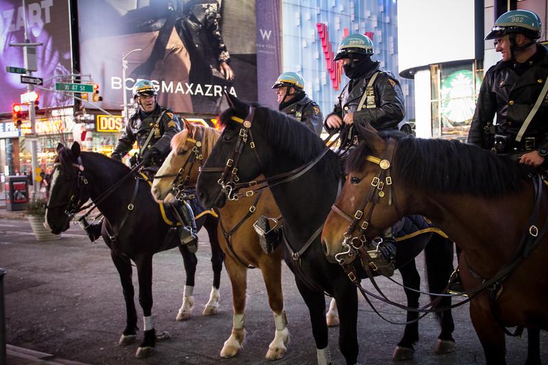 Mounted patrol-2754.jpg
