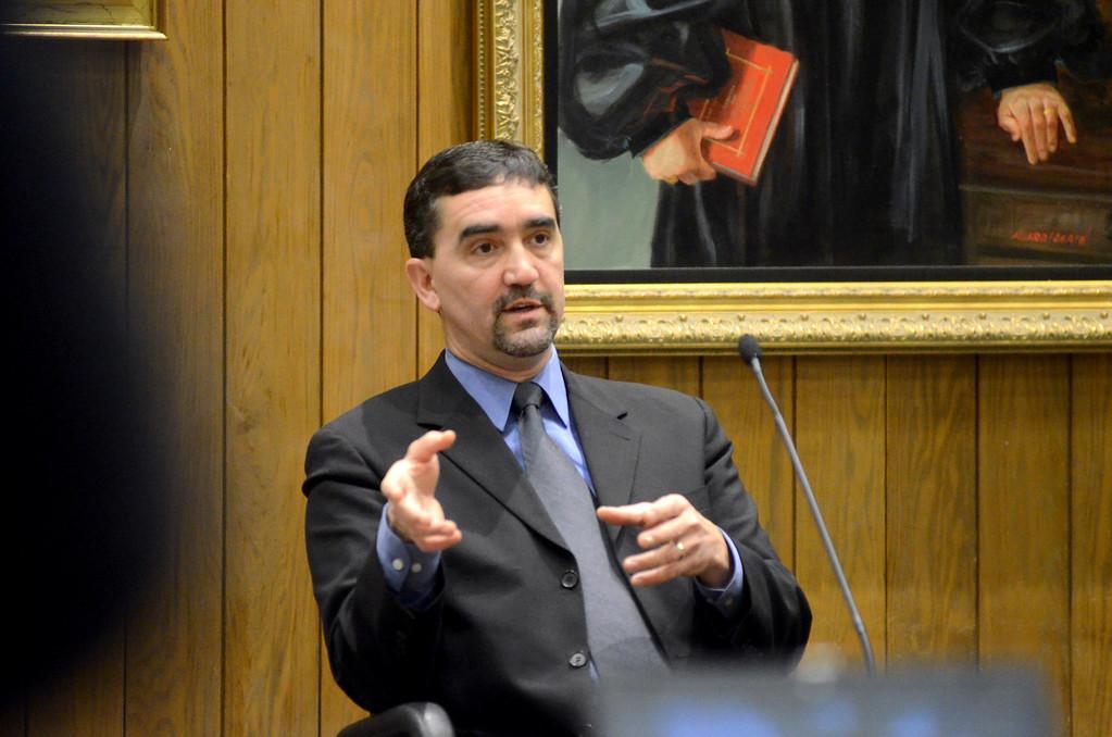 . Police Sergeant Mark Trapani testifies in the Adam Hall trial in Springfield on Wednesday, January, 22, 2014. Gillian Jones/Berkshire Eagle Staff