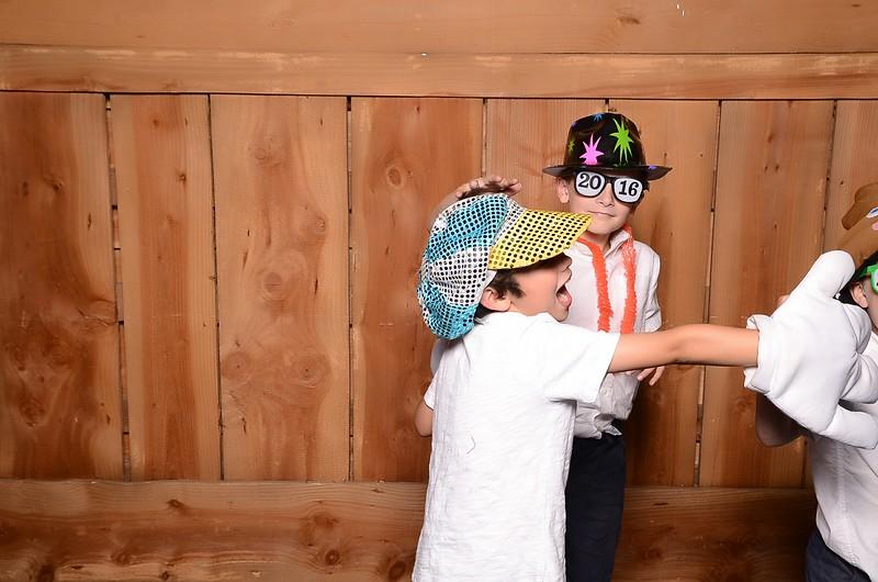 20160731_MoPoSo_Wedding_Photobooth_JeffYvonne-104.jpg