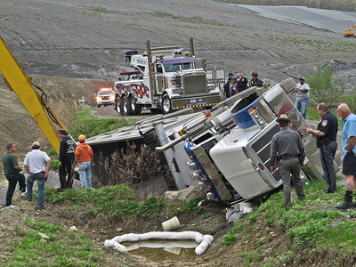 4-28-11 PIAA Rollover, Frit Pit
