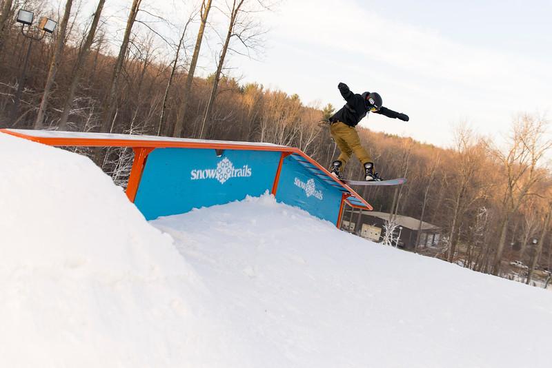 Kick-Off-2014_Snow-Trails-60.jpg