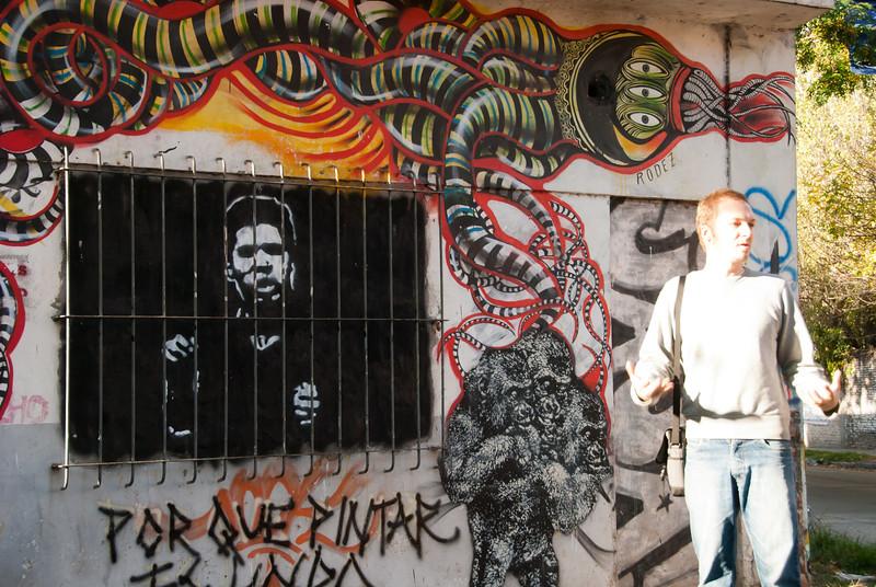 Buenos Aires Graffiti 222.jpg