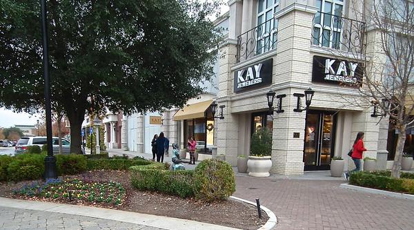 Newnan, GA - Ashley Park Mall