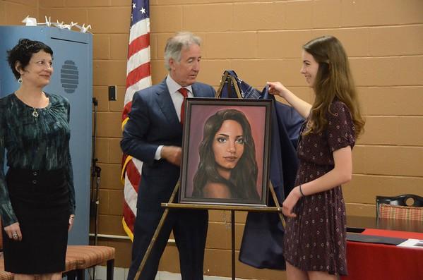 Anya Sheldon receives Congressional Art Award-051115