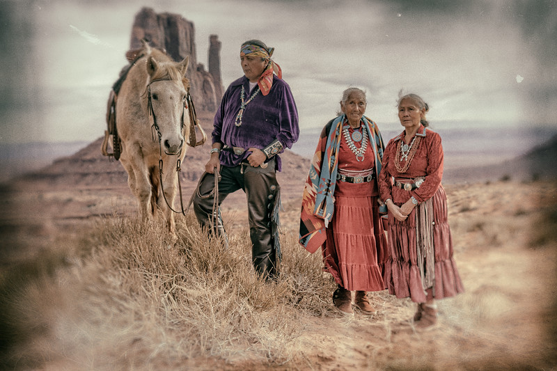 Native Americans in Monument Valley