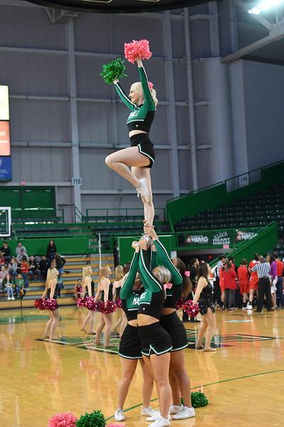 cheerleaders1129.jpg