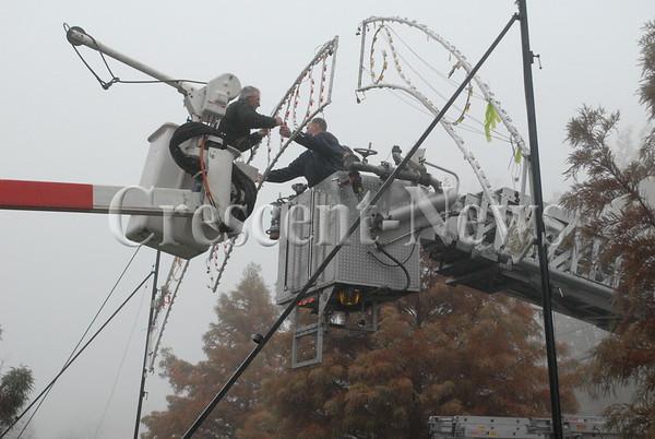 11-16-16 NEWS Pontiac Park lights