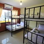 chan-cha-la-99-hostel-sukhumvit-bangkok.jpg