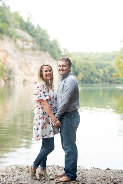 Knoxville-Engagement-Photographers-5.jpg