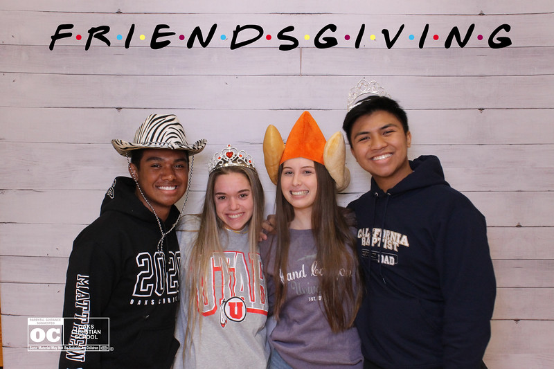 Oaks_Christian_Senior_Lounge_Friendsgiving_Prints_00041.jpg