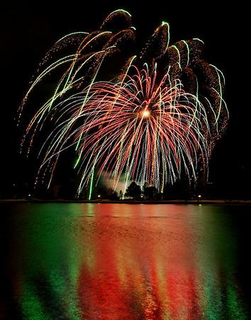 Stone Breaker Fireworks-Broadmoor 4-1-09